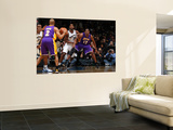 Los Angeles Lakers v Washington Wizards: Andrew Bynum and Hilton Armstrong Posters by  Ned