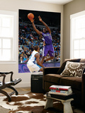Sacramento Kings v New Orleans Hornets: Tyreke Evans and Chris Paul Art by Chris Graythen