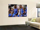 Oklahoma City Thunder v Dallas Mavericks - Game TwoDallas, TX - MAY 19: Kendrick Perkins and Kevin  Poster af Tom Pennington