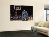 New Orleans Hornets v Los Angeles Lakers - Game Five, Los Angeles, CA - April 26: Chris Paul, Aaron Prints