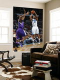 Sacramento Kings v New Orleans Hornets: Willie Green and Carl Landry Prints by Layne Murdoch