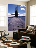 Bow and Sail View of USS Kamehameha, SSN 642, on the Surface off the Coast of Oahu, Hawaii Posters