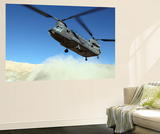 A Ch-47 Chinook Prepares to Land Kunstdrucke von  Stocktrek Images