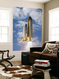 Space Shuttle Atlantis Lifts Off from its Launch Pad at Kennedy Space Center, Florida Posters