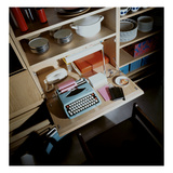 House & Garden - October 1968 - Typewriter on Compact Desk Photographie par Ernst Beadle