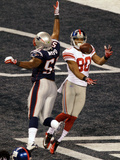 New York Giants and New England Patriots - Super Bowl XLVI - February 5, 2012: Jerod Mayo and Victo Photographic Print by Charlie Riedel