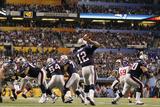 New York Giants and New England Patriots - Super Bowl XLVI - February 5, 2012: Tom Brady Fotografisk trykk av Paul Sancya