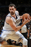 New York Knicks v Minneapolis Timberwolves, Minneapolis, MN, Feb 11: Kevin Love Photographic Print by David Sherman