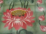 Detail of Temple Lotus Flower Tile Floor, Thai Buddhist Temple, Island of Penang, Malaysia Fotografisk tryk af Cindy Miller Hopkins