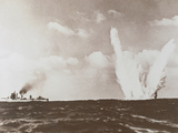 WWII (1939-1945). Underwater Mine Explosion Photographic Print by Prisma Archivo