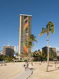Lake and Skyline of Rainbow Tower of Hilton's Waikiki Village in Waikiki Beach, Honolulu, Hawaii Fotodruck von Bill Bachmann