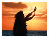 To Ask a Blessing: Hawaiian Hula Dancer at Sunset Giclée-tryk af Randy Jay Braun