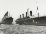 RMS Titanic and RMS Olympic, 03/02/1912. Photographie