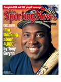 San Diego Padres RF Tony Gwynn - May 24, 1999 Photo