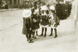 School Girls Compare their Grades, 1919 Photographic Print by  Scherl
