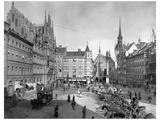 Marienplatz in Munich Photographic Print by Scherl