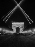 Arc De Triomphe in Paris at Night, 1938 Photographic Print by Scherl