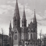 Kaiser Wilhelm Memorial Church in Berlin Photographic Print by  Scherl
