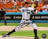 Josh Johnson Florida Marlins Autographed Photo (Hand Signed Collectable) Photo