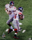 Ahmad Bradshaw Signed Super Bowl XLVI Handoff Verticalw/ &quot;SB XLVI Champs&quot; Inscription Photo