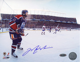 Mark Messier Oilers Jersey Outdoor Game vs. Canadians Autographed Photo (Hand Signed Collectable) Photo