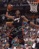 Dwyane Wade Miami Heat - Dunk Autographed Photo (Hand Signed Collectable) Photo