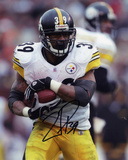 Willie Parker PittsburgSteelers - Protecting the Ball Autographed Photo (Hand Signed Collectable) Photo