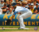 Derrek Lee Chicago Cubs - Fielding Autographed Photo (Hand Signed Collectable) Photo