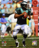 Donovan McNabb Philadelphia Eagles - Hands on Ball Autographed Photo (Hand Signed Collectable) Photo