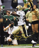 Reggie Bush New Orleans Saints - Pointing Autographed Photo (Hand Signed Collectable) Photo