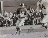 Y.A. Tittle New York Giants  with HOF 1971 Inscription Photo