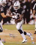 Darren McFadden Oakland Raiders - Hand Off Photo