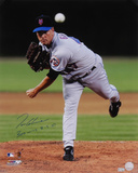 Tom Glavine New York Mets  with 300 Win 8-5-07 Inscription Photo