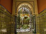 Beautiful Sevillan Patio, Triana District, Sevilla, Andalusia, Spain, Europe Reproduction photographique par Guy Thouvenin