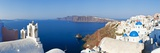 Blue Domed Churches in the Village of Oia, Santorini (Thira), Cyclades Islands, Aegean Sea, Greece Fotografisk tryk af Gavin Hellier