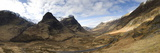 Panoramic View of Glencoe Showing the Three Sisters of Glencoe Mountains, Scotland Fotografisk tryk af Lee Frost