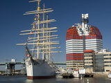 Barque the Viking and Gotheborgsutkiken, Gothenburg, Sweden, Scandinavia, Europe Lámina fotográfica por Robert Cundy