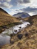 Glen Etive, Near Glen Coe (Glencoe), Highland Region, Scotland, United Kingdom, Europe Reproduction photographique par Patrick Dieudonne
