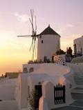 Oia (Ia), Island of Santorini (Thira), Cyclades Islands, Aegean, Greek Islands, Greece, Europe Lámina fotográfica por Sergio Pitamitz