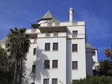 Chateau Marmont Hotel, Sunset Boulevard, Los Angeles, California Photographic Print by Wendy Connett