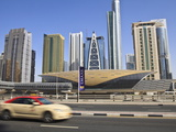 Metro Station, Sheikh Zayed Road, Dubai, United Arab Emirates, Middle East Fotografie-Druck von Amanda Hall