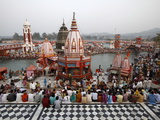 Har-Ki-Pauri Ghat in the Evening During the Kumbh Mela, Haridwar, Uttarakhand, India, Asia Photographic Print