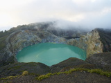 Crater of Kelimutu Volcano, 1640M, Flores Island, Indonesia, Southeast Asia, Asia Photographie