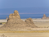 Lac Abbe (Lake Abhe Bad) With Its Chimneys, Republic of Djibouti, Africa Fotografisk tryk
