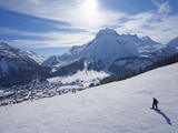 Snow-Boarder on Piste at Lech Near St. Anton Am Arlberg in Winter Snow, Austrian Alps Papier Photo