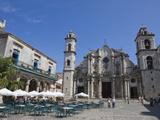 Plaza De La Catedral With Cathedral, Old Havana, Cuba, West Indies, Central America Fotografie-Druck von Martin Child