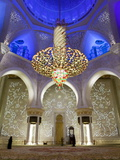 Largest Chandelier in the World Inside Sheikh Zayed Bin Sultan Al Nahyan Mosque, Abu Dhabi Lámina fotográfica