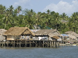 Fishermen's Stilt Houses, Pilar, Bicol, Southern Luzon, Philippines, Southeast Asia, Asia Reproduction photographique