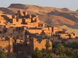 Kasbah Ait Benhaddou, Backdrop to Many Hollywood Epic Films, Near Ouarzazate, Morocco Fotografisk tryk af Lee Frost