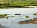 Canoe on the Zambezi River, Caia, Mozambique, Africa Fotografisk tryk